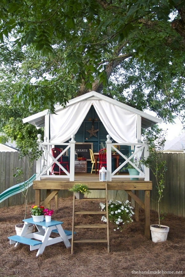 25 Awesome Treehouse Ideas That Your Kids Will ! on backyard tree house accessories, backyard tree lighting ideas, backyard tree stump decorating ideas, backyard tree house design, diy tree house decorating ideas, backyard tree design ideas,
