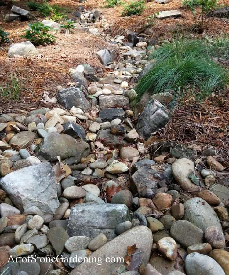 Landscaping Ideas In 2019: 25 Inspiring Dry River Bed Landscaping Ideas In 2019