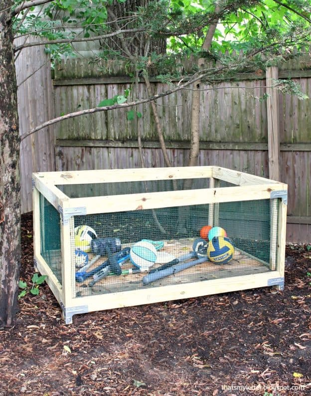 25 Useful Outdoor Toy Storage Ideas To