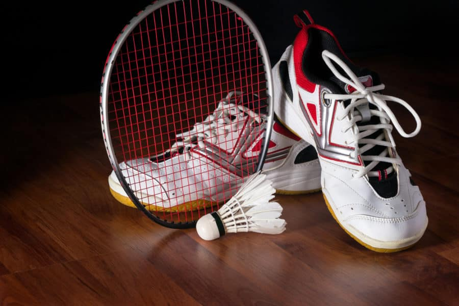 3cfc45fc948b Good badminton shoes are crucial for superior performances on the badminton  court. Tennis players wear tennis shoes
