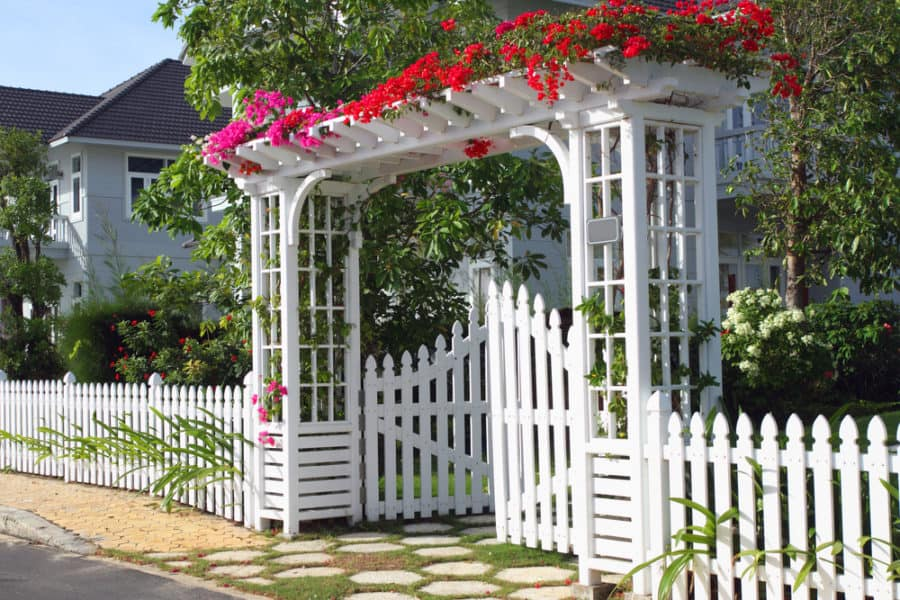 22 Amazing Garden Fence Ideas Designs And Pictures In 2020
