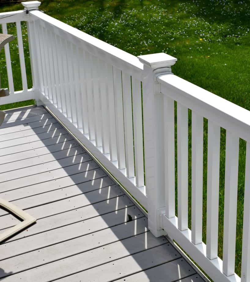 25 Vinyl Fence Ideas and Pictures for Your Yard Garden, or ...