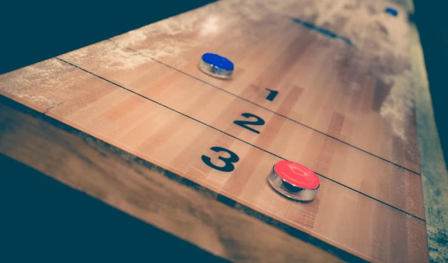 Wondrous Best Shuffleboard Table For 2019 Reviews And Buying Guide Home Interior And Landscaping Mentranervesignezvosmurscom