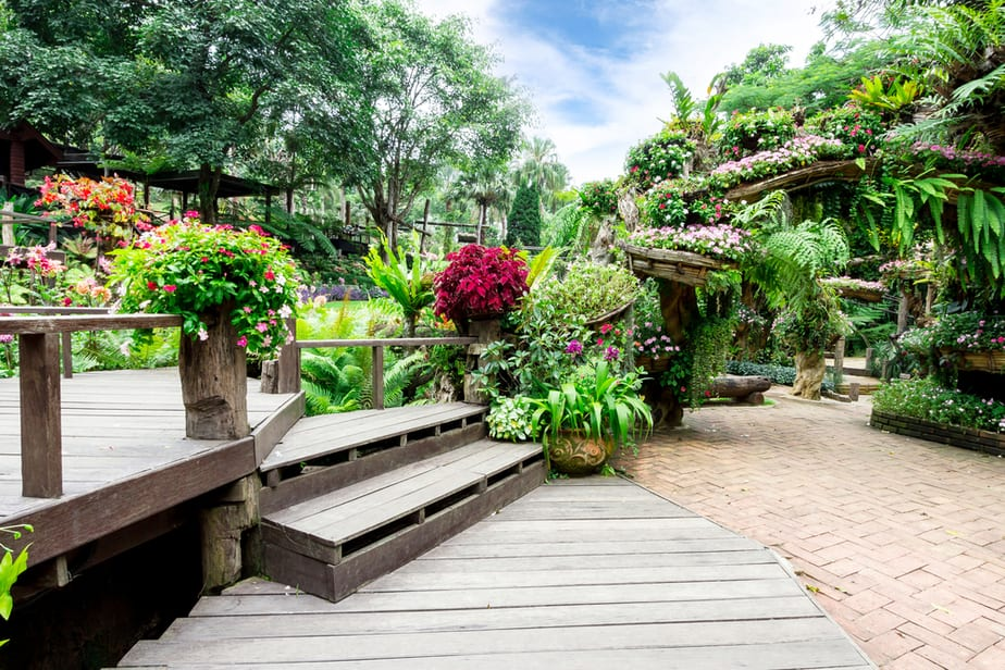 21 Landscaping Timber Ideas To Transform Your Space In 2021