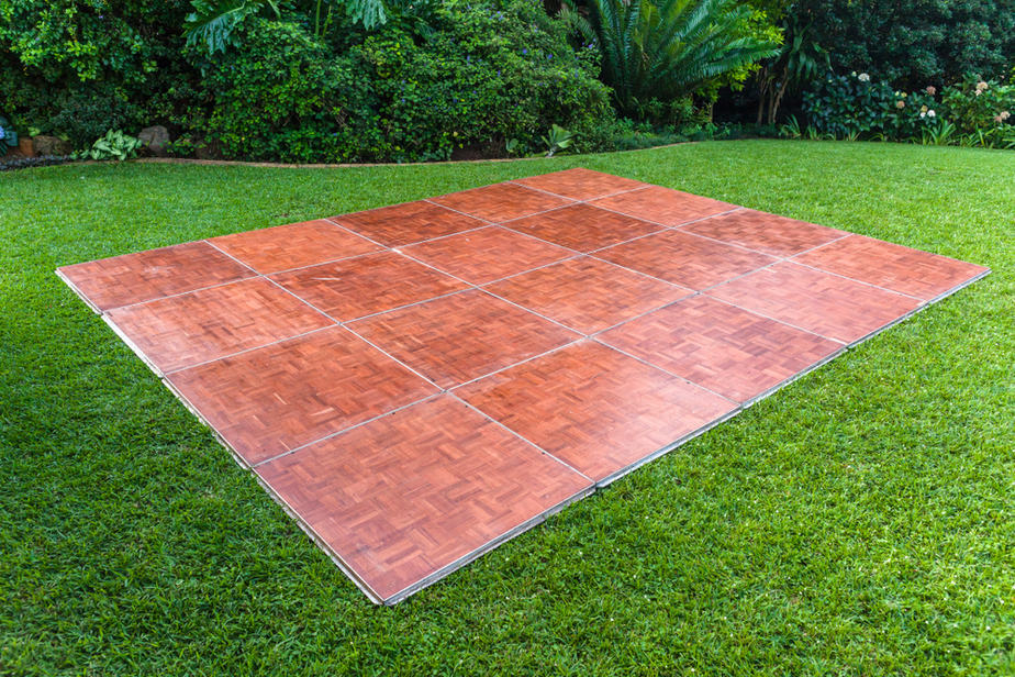 How to Make a Dance Floor in your Backyard: A Few Simple ...