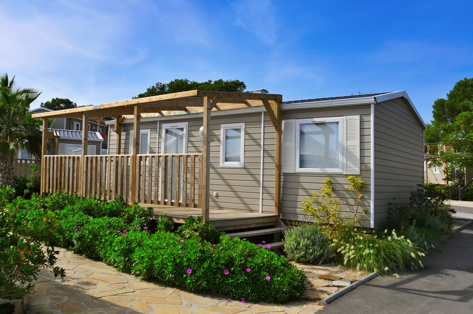 Can You Put A Mobile Home In Your Backyard For Extra Living Area 2021